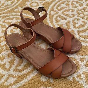 NWOB Mia Clog Sandal